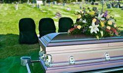 casket burial 250x150